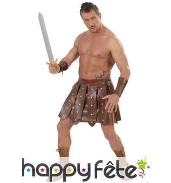 Jupe et manchons de gladiateur