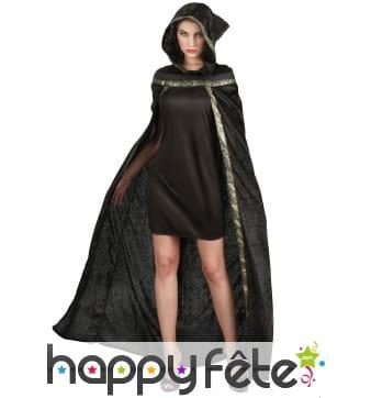Longue cape noire aspect velours, bordure dorée