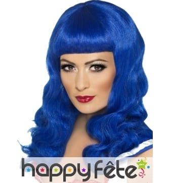 Longue perruque bleue avec frange