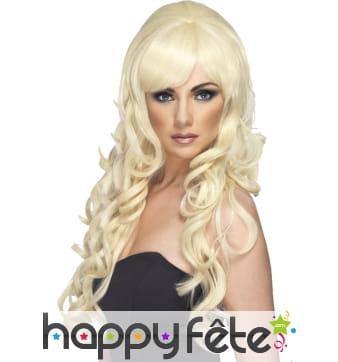 Longue perruque blonde avec pointes ondulées