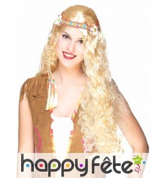 Longue perruque blonde ondulée style hippie