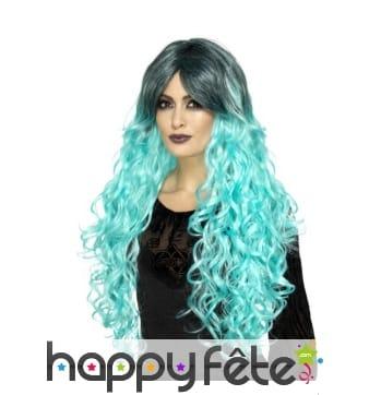 Longue perruque bouclée turquoise gothique