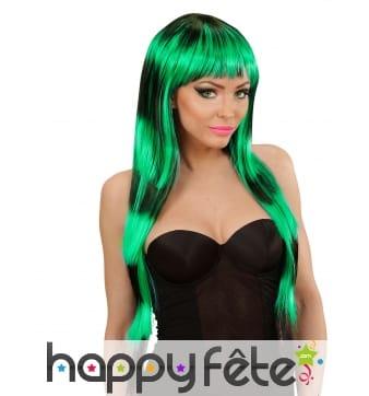Longue perruque noire et verte avec frange