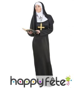 Longue robe de nonne pour femme