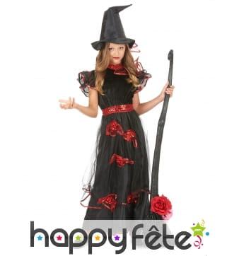 Longue robe de petite sorcière avec voile et rose