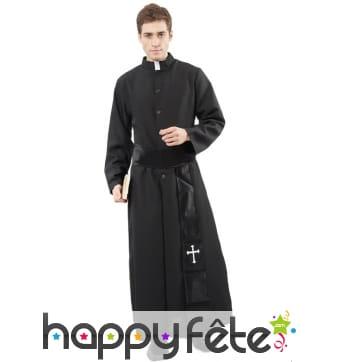 Longue robe de prêtre pour homme