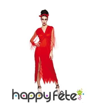 Longue robe échancrée rouge unie de diablesse