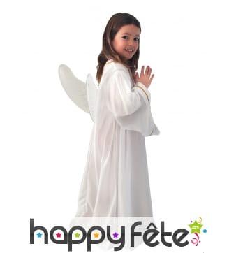 Longue tenue de petit ange blanc pour fillette