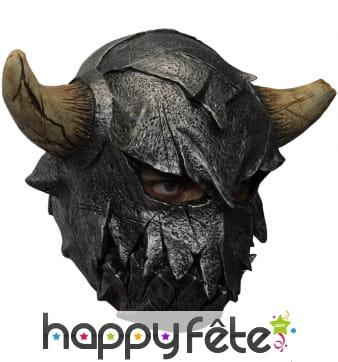 Masque casque de guerrier viking avec cornes