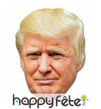 Masque de Donald Trump en carton