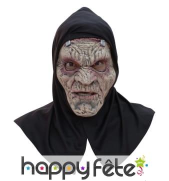 Masque de Frankenstein et capuche noire