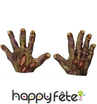 Mains de zombie en latex