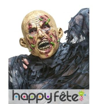 Masque de zombie mangé par des vers