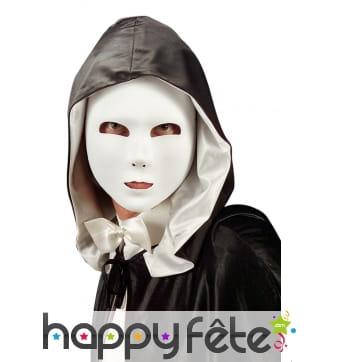 Masque facial blanc uni recouvert de tissu