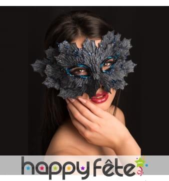 Masque grande feuille recouvert d'éclats bleus
