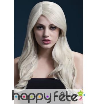 Perruque blonde cendrée de 66cm