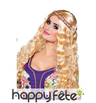 Perruque blonde ondulée avec bandeau hippie