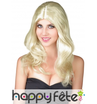 Perruque blonde ondulée avec raie centrale