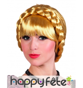Perruque blonde tressée de bavaroise
