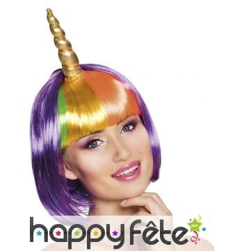 Perruque courte violette de licorne avec corne
