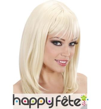 Perruque effet naturel blond