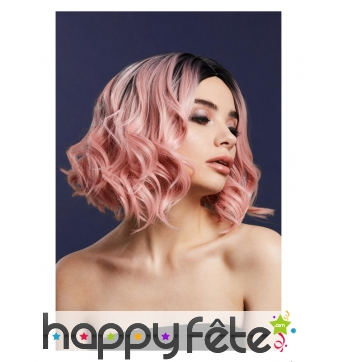Perruque rose pastel courte bouclée avec racines