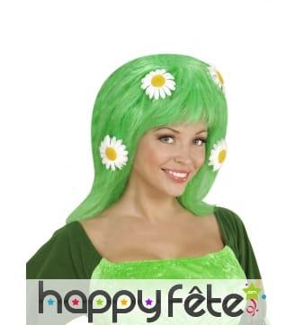 Perruque verte décorée de marguerites