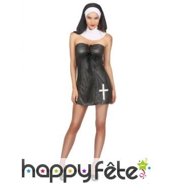 Robe courte sexy de nonne avec bustier