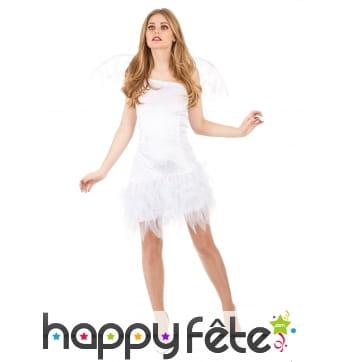 Robe d'ange blanche avec petites ailes