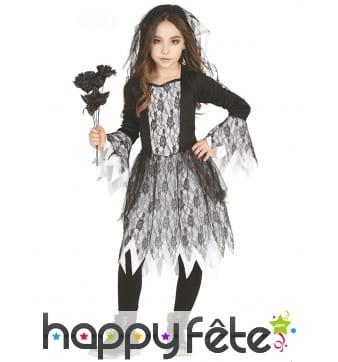 Robe de mariée fantôme pour enfant