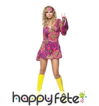 Robe hippie courte rose avec motifs
