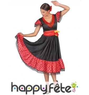 Robe noire et rouge à pois danseuse de flamenco
