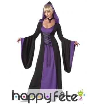 Robe noir violet capuche et larges manches