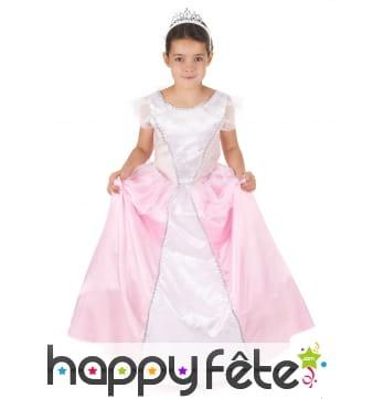 Robe rose blanche volumineuse de petite princesse