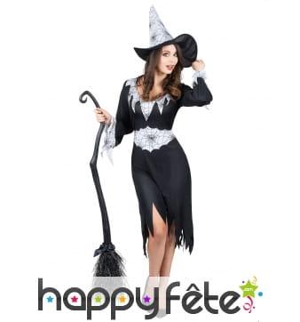 Robe sorcière noire imprimé toiles fond blanc
