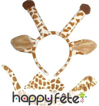Set de girafe. Queue, serre tète et noeud