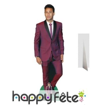 Silhouette de Neymar en costume, taille réelle
