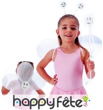 Set fleur pour enfant couleur blanche.