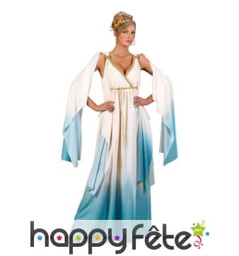 Tenue de déesse blanche et bleu dégradé