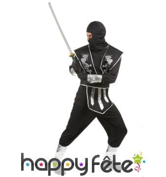 Tenue de ninja noire et argentée pour homme