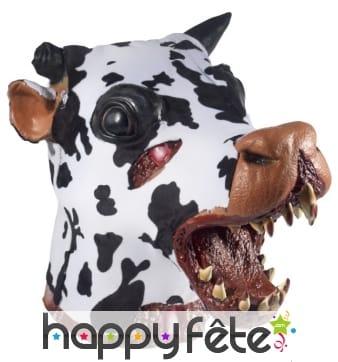 Tête de vache zombie tueuse