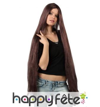 Très longue perruque châtain lisse