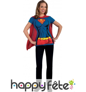 T-shirt de supergirl avec cape