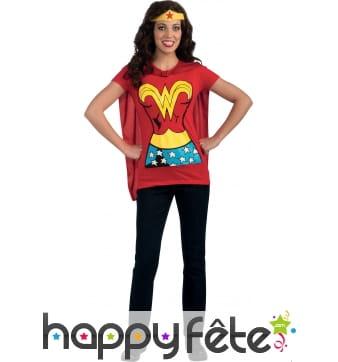 T-shirt de Wonder Woman avec cape
