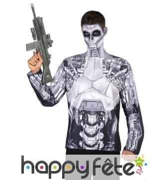 T-shirt photo réaliste de robot humanoide