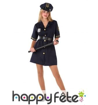 Uniforme de policier pour adolescente