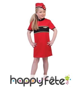 Uniforme rouge de petite hôtesse de l'air