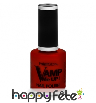 Vernis à ongle rouge vampire