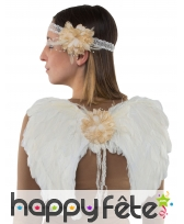 Ailes blanches d'ange avec bandeau et fleur ivoire