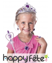 Accessoires violets de petite princesse
